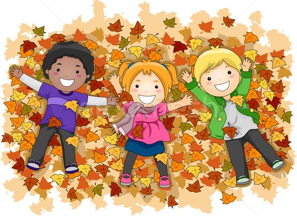 Ребенок осенью рисованный